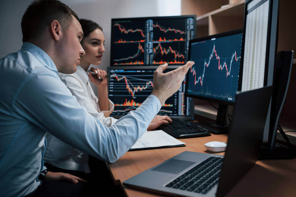 グランビルの法則・移動平均線の仕組みを知り株投資の売買サインを見極めよう