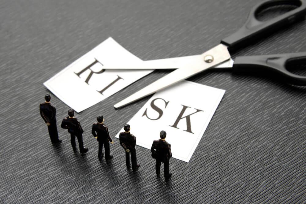 現物・信用取引のリスクヘッジ方とは?営業利益、経常利益から分析しよう